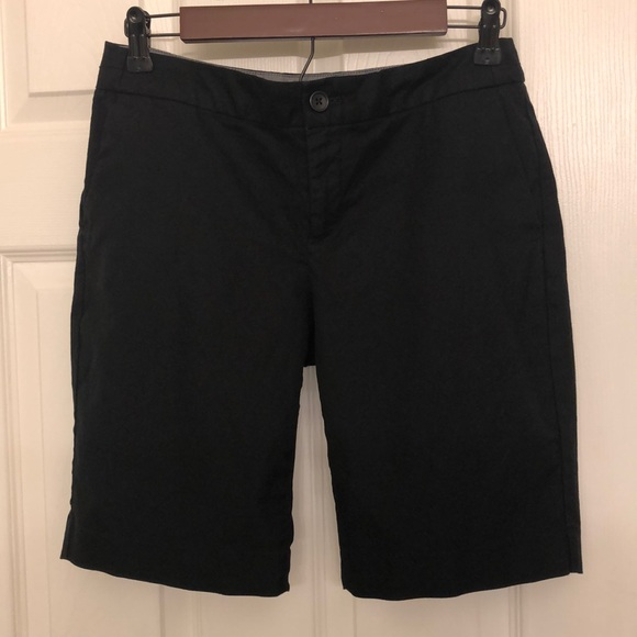 Banana Republic Pants - Banana Republic Hampton Bermuda Shorts